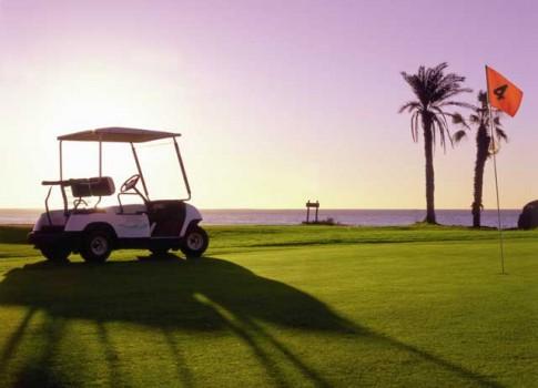 Blogueros y tuiteros españoles especializados en golf visitan la Isla