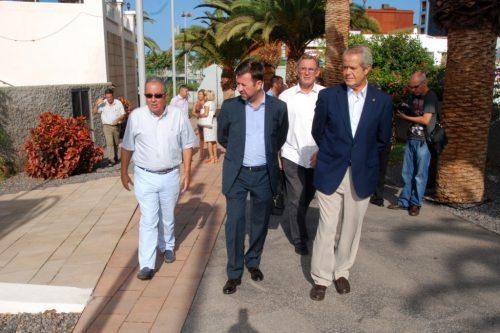 El Cabildo concluye la mejora de la vía  peatonal transversal a Ernesto Sarti, en Adeje