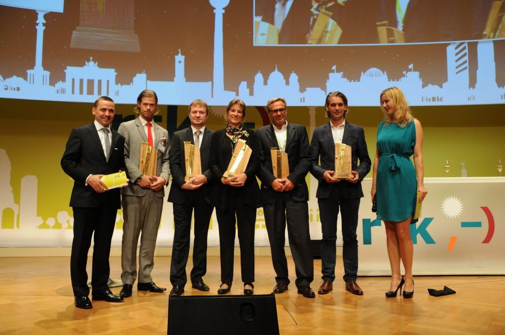Gruppenfoto: Preisträger der rtv-Hotelawards 2013.