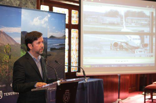 El presidente del Cabildo estima que Tenerife acabará el año con cerca de cinco millones de turistas