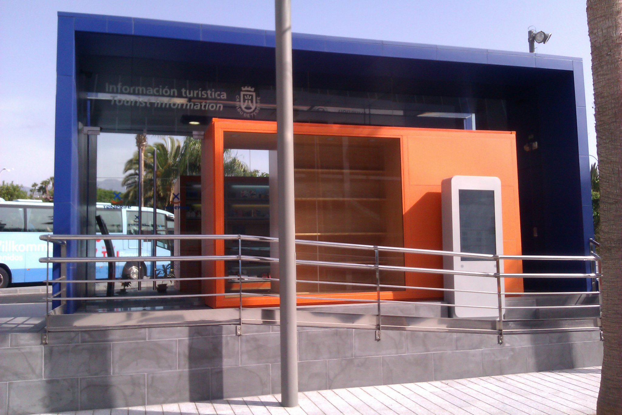 Las oficinas de informaci n tur stica superan el mill n de for Oficina de turismo de tenerife