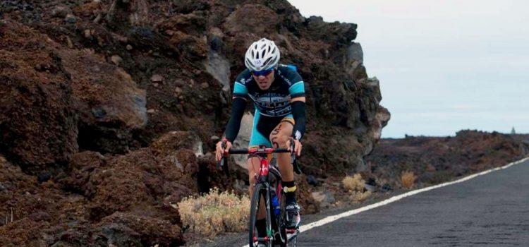 Más de 200 atletas nacionales e internacionales tomarán parte en el triatlón Teide Xtreme