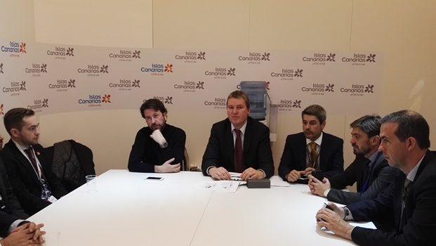 El Cabildo presenta a los hoteleros el proyecto de formación dual en alemán de técnico en hostelería