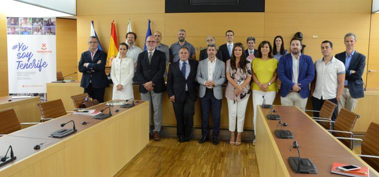 Tenerife Licita presenta a sus miembros el balance de las actividades del año