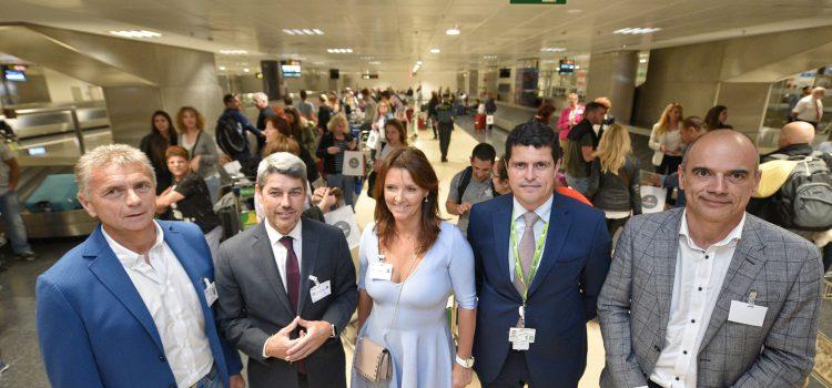 Tenerife da la bienvenida a los pasajeros del primer vuelo procedente de Tel Aviv