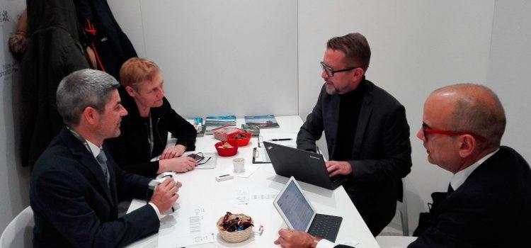 Tenerife trabaja en la ITB de Berlín para conseguir mayor capacidad aérea con Alemania