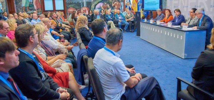 Tenerife reúne a un centenar de profesionales en el IV Encuentro Nacional de Guías de Turismo