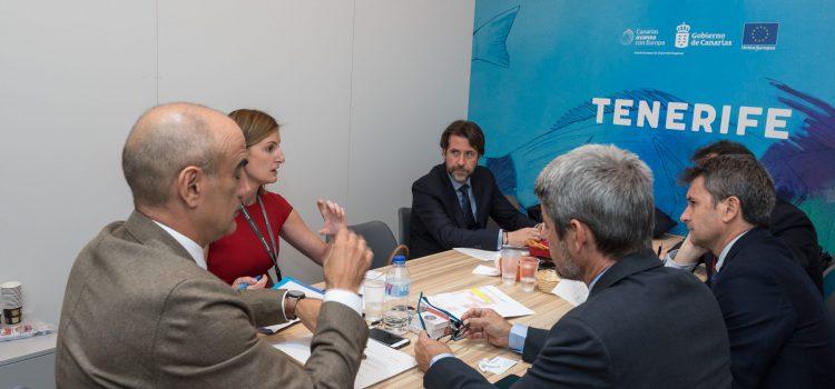 Tenerife confirma en FITUR el aumento de la conectividad para la temporada de verano de 2019 por parte de Air Europa y Vueling