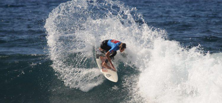 El mejor surf mundial se da cita en Tenerife
