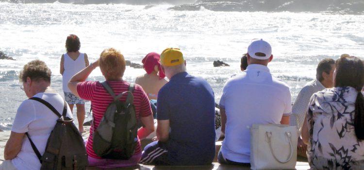 Tenerife registra en febrero un 6 por ciento más de turistas