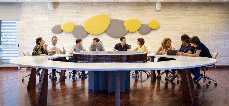 Why Tenerife renueva sus soportes de comunicación y difusión