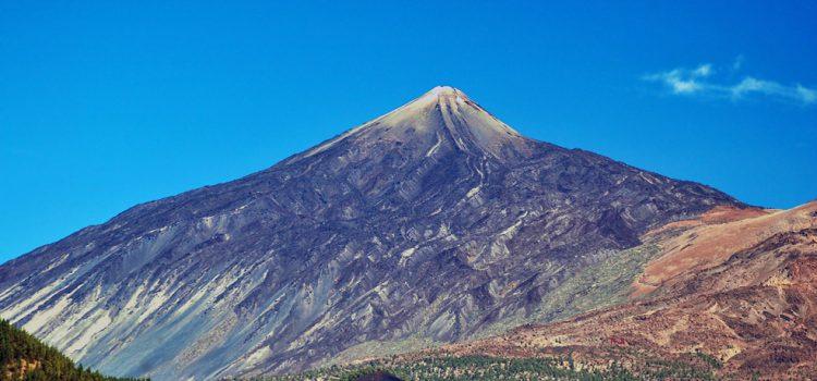 El Cabildo restringe las visitas al Parque Nacional del Teide por la campaña de control del muflón