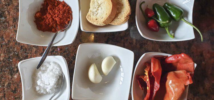 El blog viajero With Husband in Tow publica sendas guías gastronómica y de vinos de la Isla