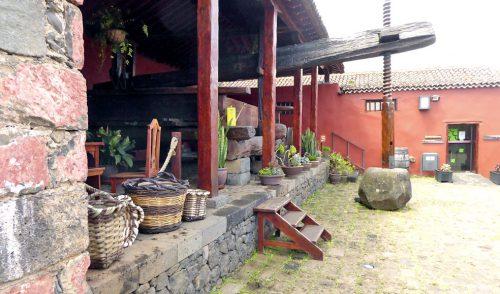 Turismo de Tenerife forma a los empresarios de la Ruta del Vino de la comarca Nordeste