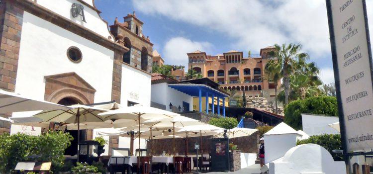 El mercado artesanal de El Mirador de Playa del Duque vuelve el próximo domingo con horario de verano