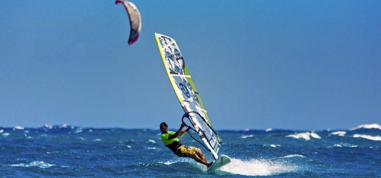 Tenerife acoge por noveno año consecutivo el Campeonato Mundial de Windsurf