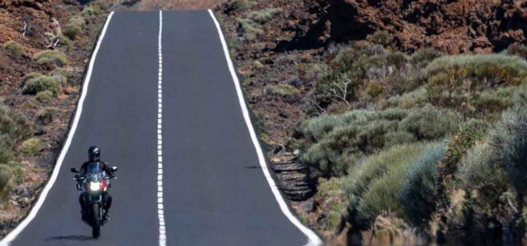 La revista italiana Motociclismo difunde un reportaje y un amplio monográfico sobre las rutas de Tenerife