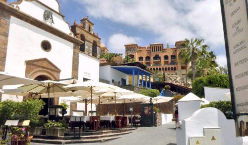 El Mercado Artesanal de El Mirador recupera este domingo su horario de mañana y tarde