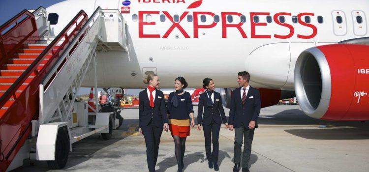 Tenerife, la ruta con más tráfico en verano de Iberia Express con 1.387 vuelos y casi 250.000 pasajeros