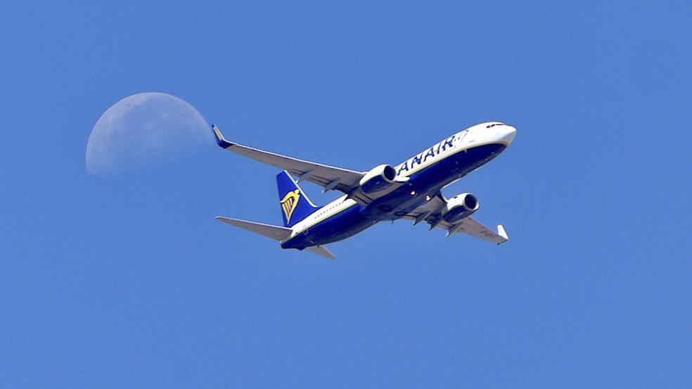 cropped-Ryanair.jpg