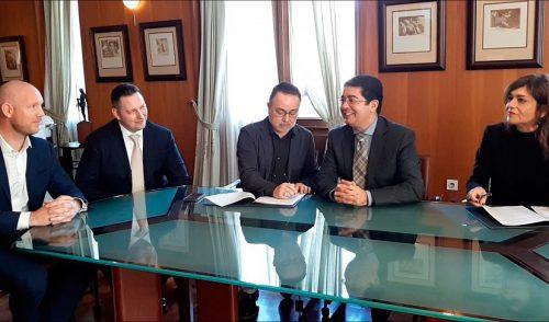 Vueling y el Cabildo de Tenerife anuncian un acuerdo de colaboración para promocionar la isla en 2020