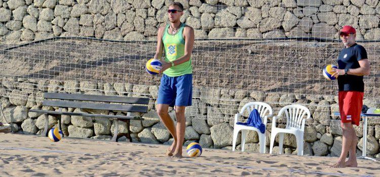 La selección rusa de vóley-playa se concentra en el Tenerife Top Training