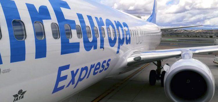 Los hoteleros temen la compra de Air Europa por IAG y critican a Aena por la no exención de tasas