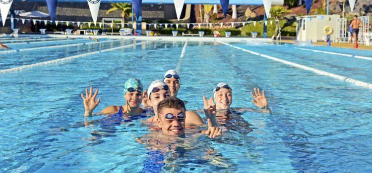 La selección paralímpica de Hungría y el Glasgow Girls & Women FC entrenan en el Tenerife Top Training