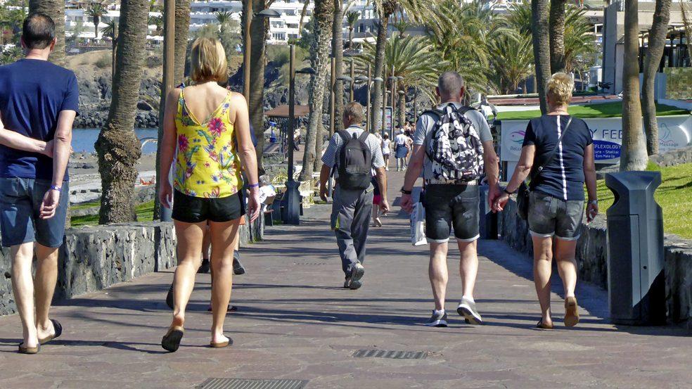 cropped-turistas.jpg
