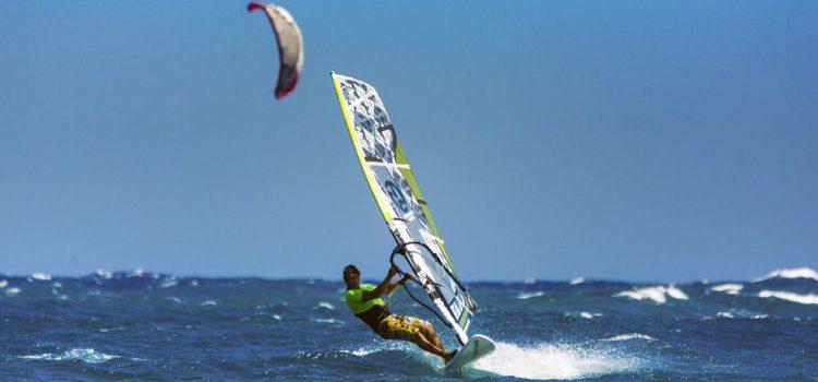 Tenerife no Limits lleva los deportes de deslizamiento a la revista Surf a Vela