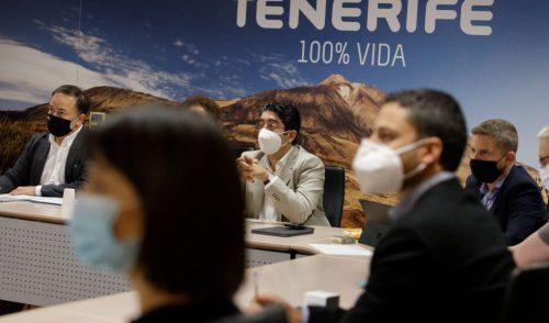 Los turoperadores trasladan a Martín que Tenerife sigue estando entre sus destinos prioritarios