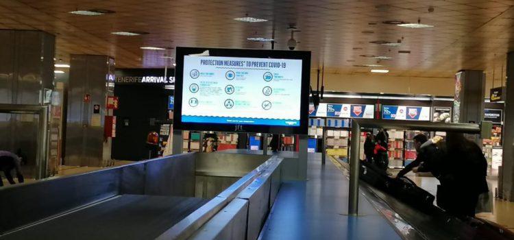 Tenerife refuerza la información sobre medidas anticovid en las pantallas de los aeropuertos