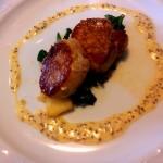 solomillo-de-cerdo-con salsa-de-mostaza-restaurante-blanco