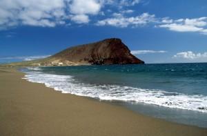 Zona-acampada-playa-tenerife-sur