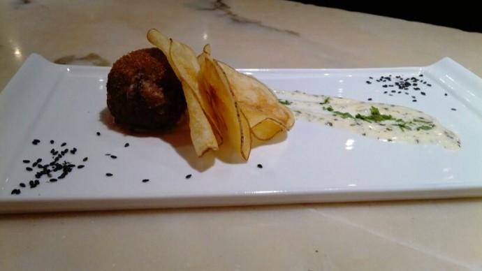 Receta Bomba de carne con salsa de queso de Tasca EL Callejón