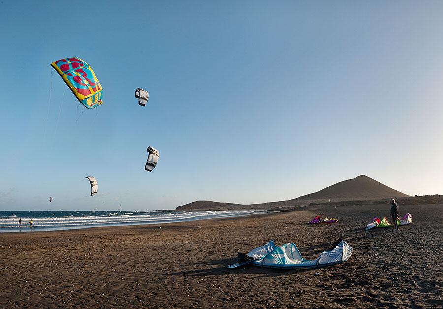 Once playas y dos puertos deportivos de Tenerife obtienen el galardón Bandera Azul