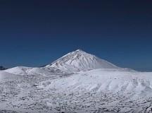 El Teide brilla de blanco