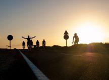Ciclistas Tenerife Contraluz
