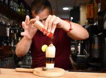 Como preparar un Barraquito, la bebida estrella de Tenerife